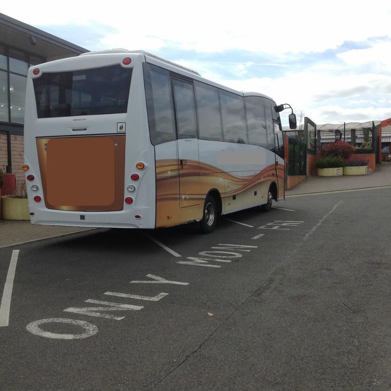 Coach 2 (800x800)
