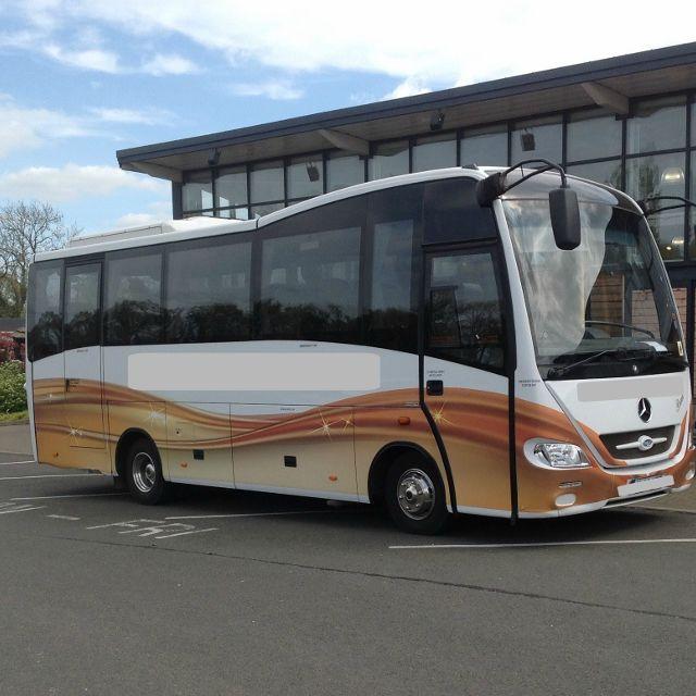 Coach (800x800)